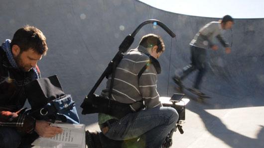 http://blog.chasejarvis.com/blogpics/russellraws/cb_redfloat.jpg