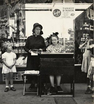 ht_07_Sievan_Salvation_Army_Lassie_in_Front_of_a_Woolworth_Store_ll_120124_vblog