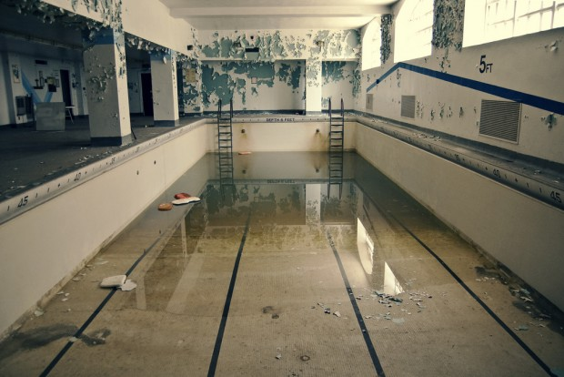 ChaseJarvis_Locations_AbandonedPools_CariAnnWayman_AmyRollo-01