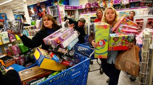 ChaseJarvis_BlackFridayShoppers