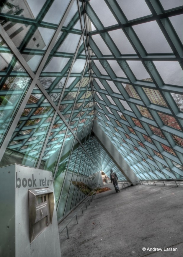 ChaseJarvis_Locations_Libraries_AndrewELarsen_SeattlePublicLibrary_AmyRollo
