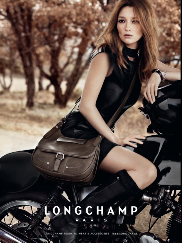 Longchamp ad, vertical