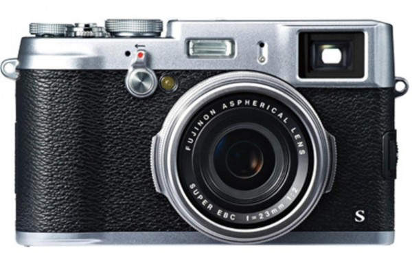 The Fuji X100s Review: Brutally Simple & Highly Effective (Even If You Didn't Want to Admit It)