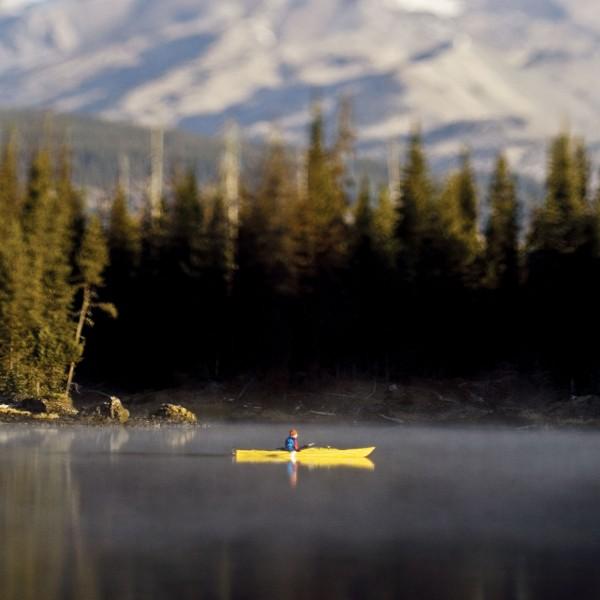 REI_kayakprofile_2