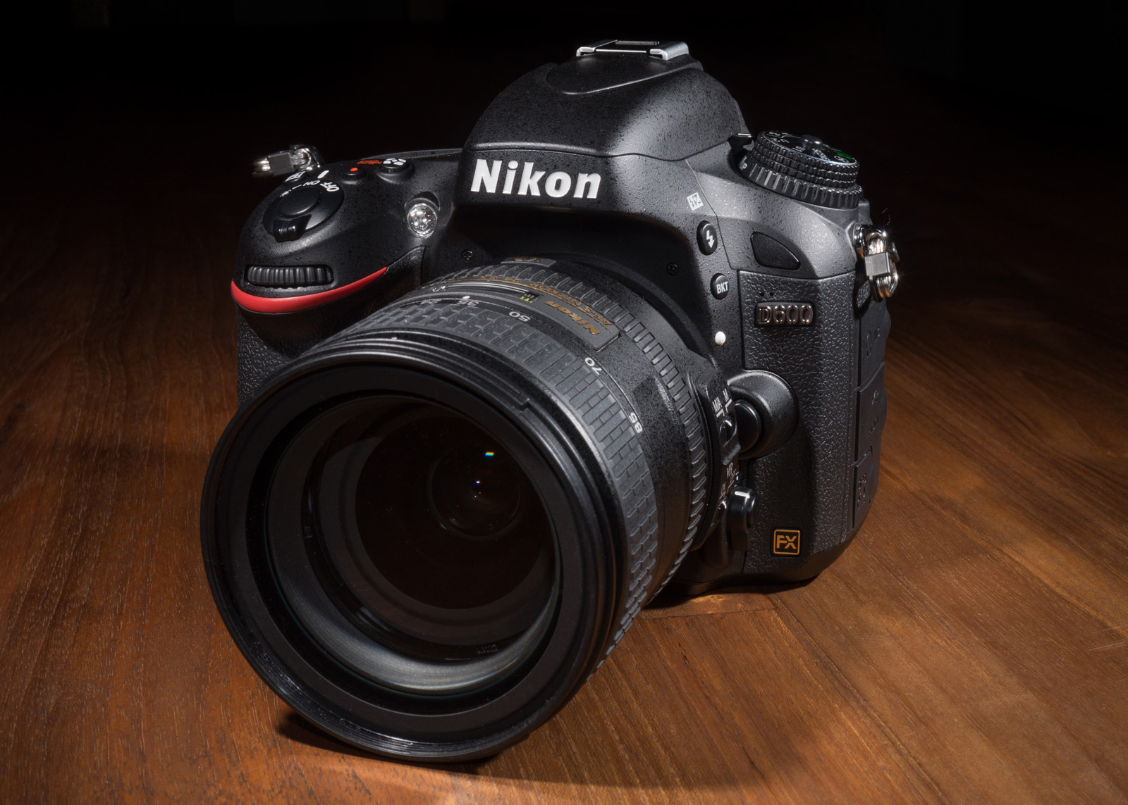 Nikon 600 - Hands on Review - Whats not to like?